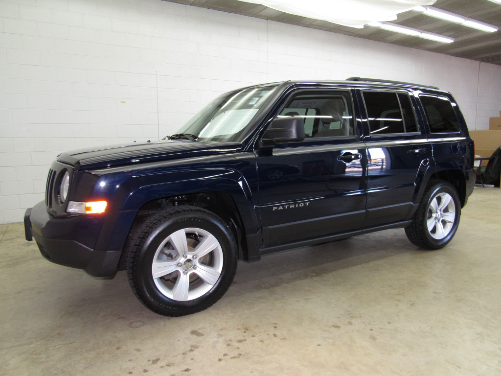 pre owned 2012 jeep patriot sport suv in brookfield. Black Bedroom Furniture Sets. Home Design Ideas