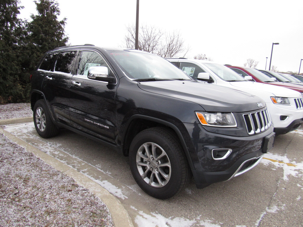 new 2015 jeep grand cherokee limited 4x4 suv in brookfield 61340 schlossmann dodge city. Black Bedroom Furniture Sets. Home Design Ideas