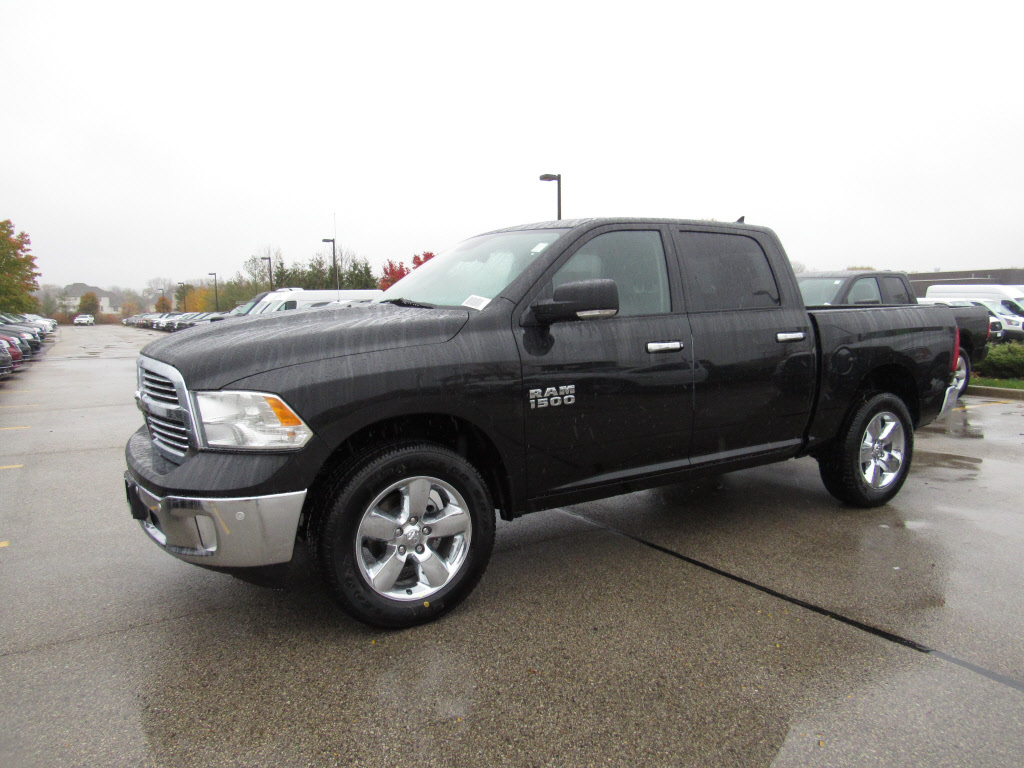new 2016 ram 1500 slt 4x4 truck crew cab. Black Bedroom Furniture Sets. Home Design Ideas