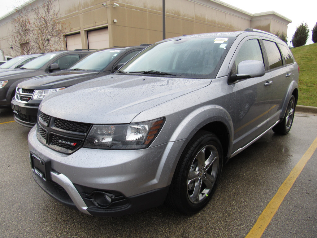 new 2016 dodge journey crossroad suv in brookfield 180066 schlossmann dodge city chrysler. Black Bedroom Furniture Sets. Home Design Ideas