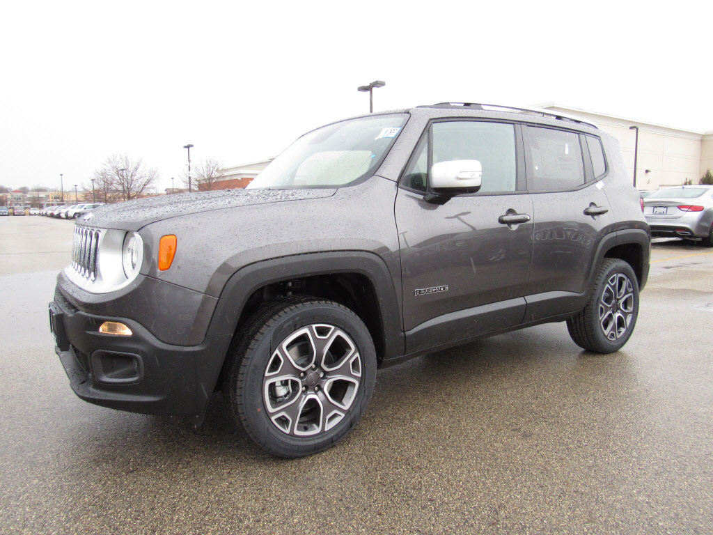new 2016 jeep renegade trailhawk 4x4 suv in brookfield d41065 schlossmann dodge city chrysler. Black Bedroom Furniture Sets. Home Design Ideas